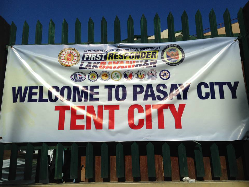 Our group went to the Pasay Relief Centre to help Haiyan (Yolanda) Victims